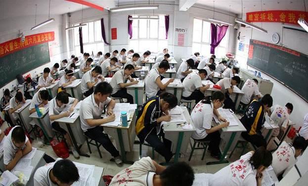 高考文案高考朋友圈文案高考文案怎么写?(高考中英文文案)
